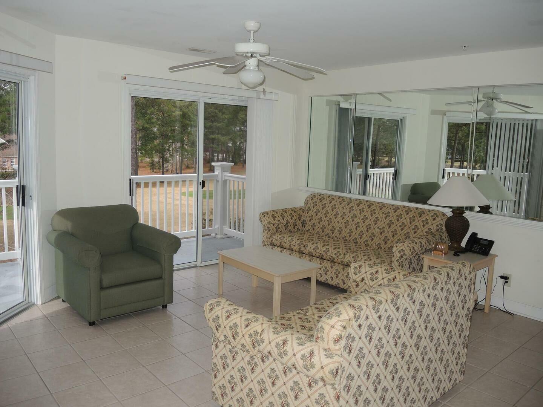 3007M 1 Bedroom/1 Bath Villa