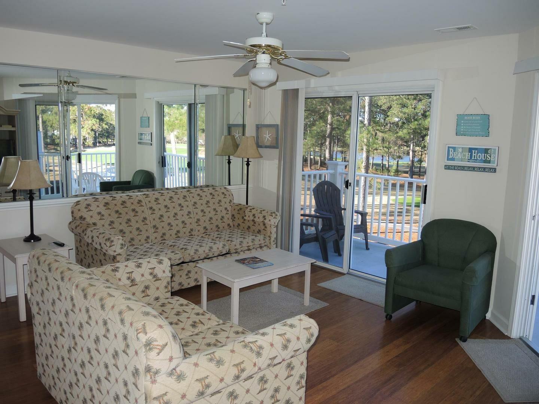 2909 2 Bedroom/2 Bath Villa