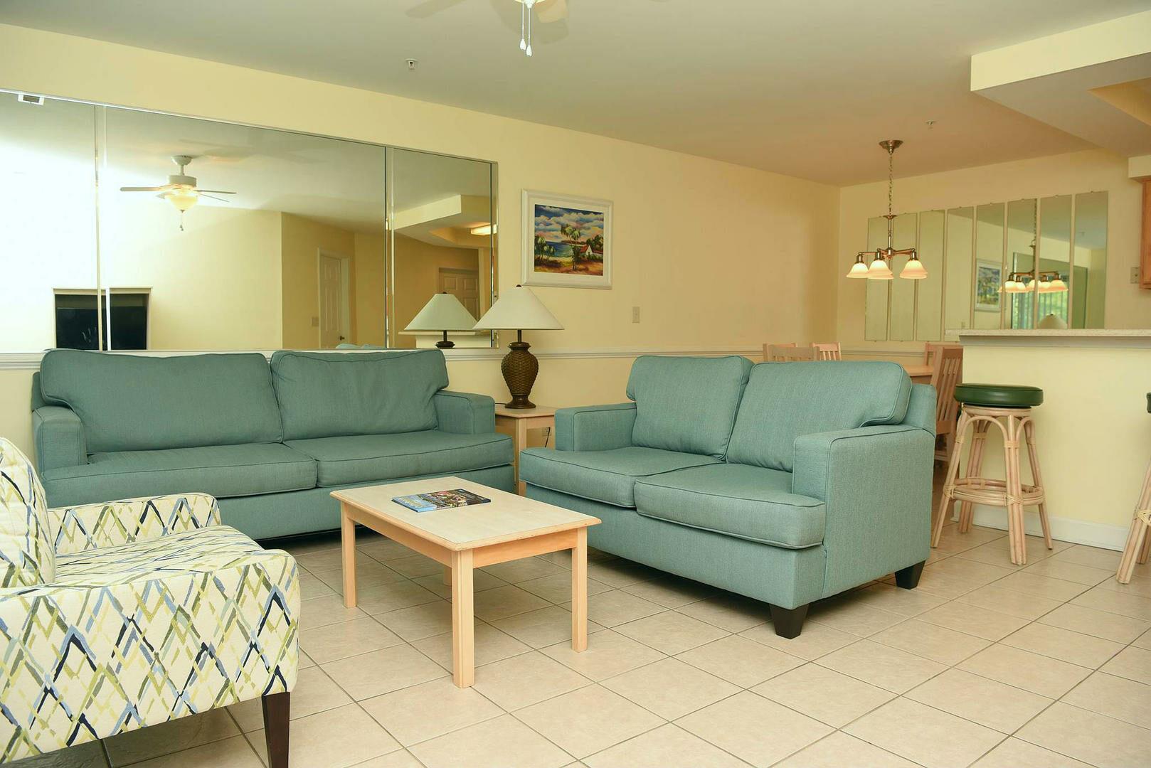 3005 2 Bedroom/2 Bath Villa
