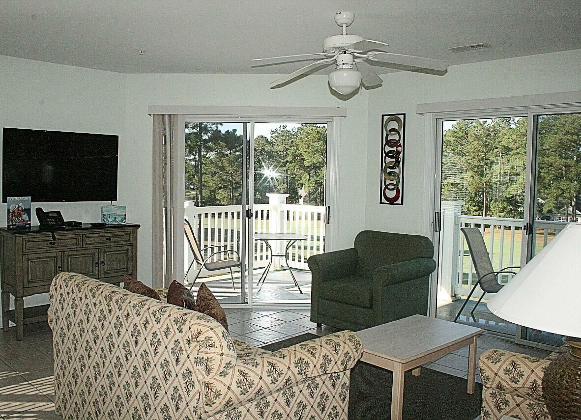 2307 2 Bedroom/2 Bath Villa