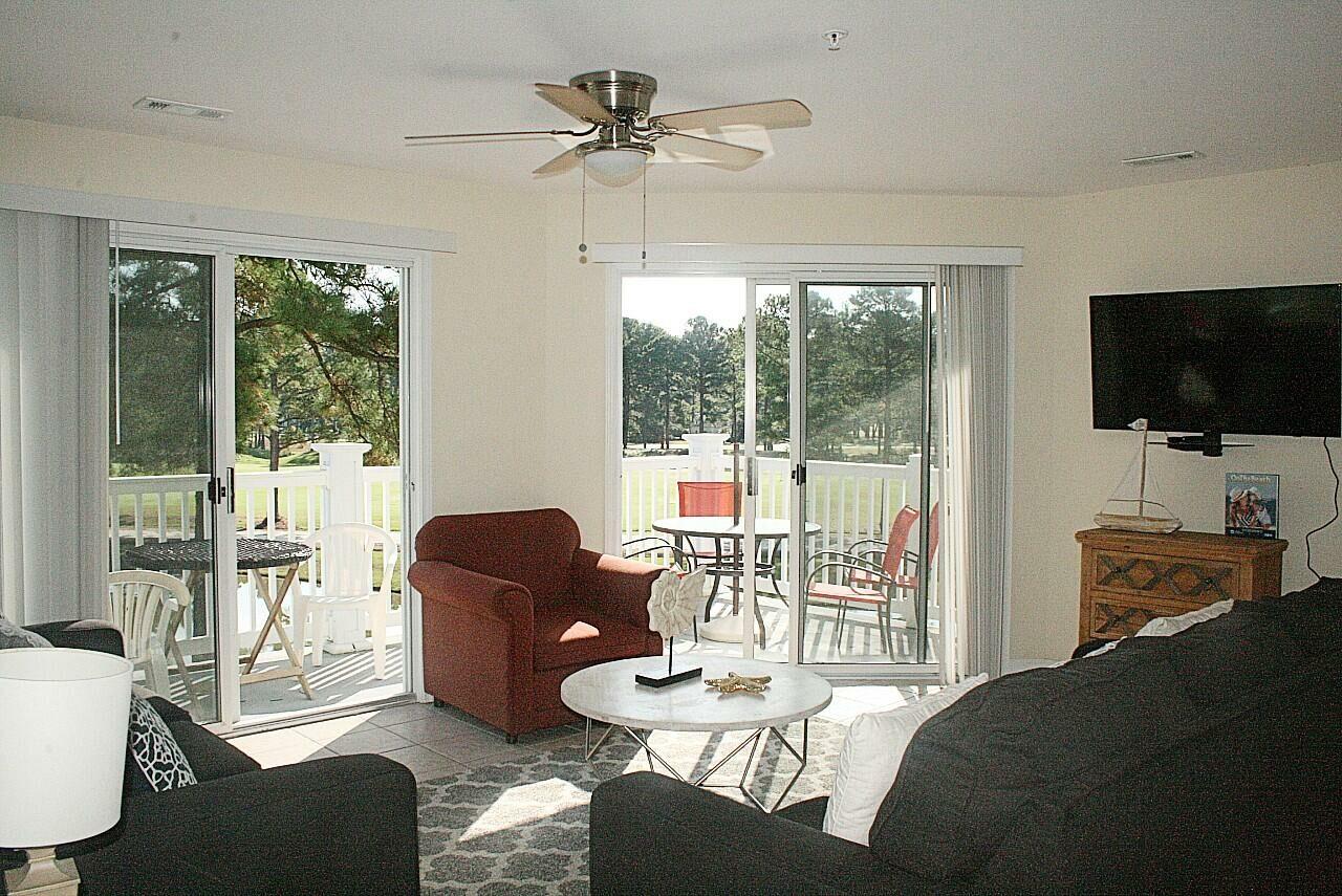 2609 2 Bedroom/2 Bath Villa