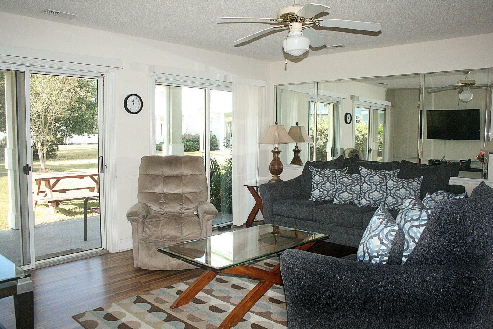 1202 2 Bedroom/2 Bath Villa