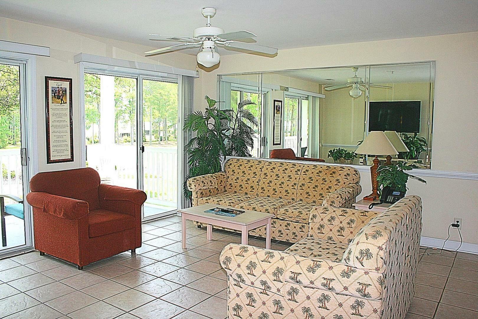 2705 2 Bedroom/2 Bath Villa