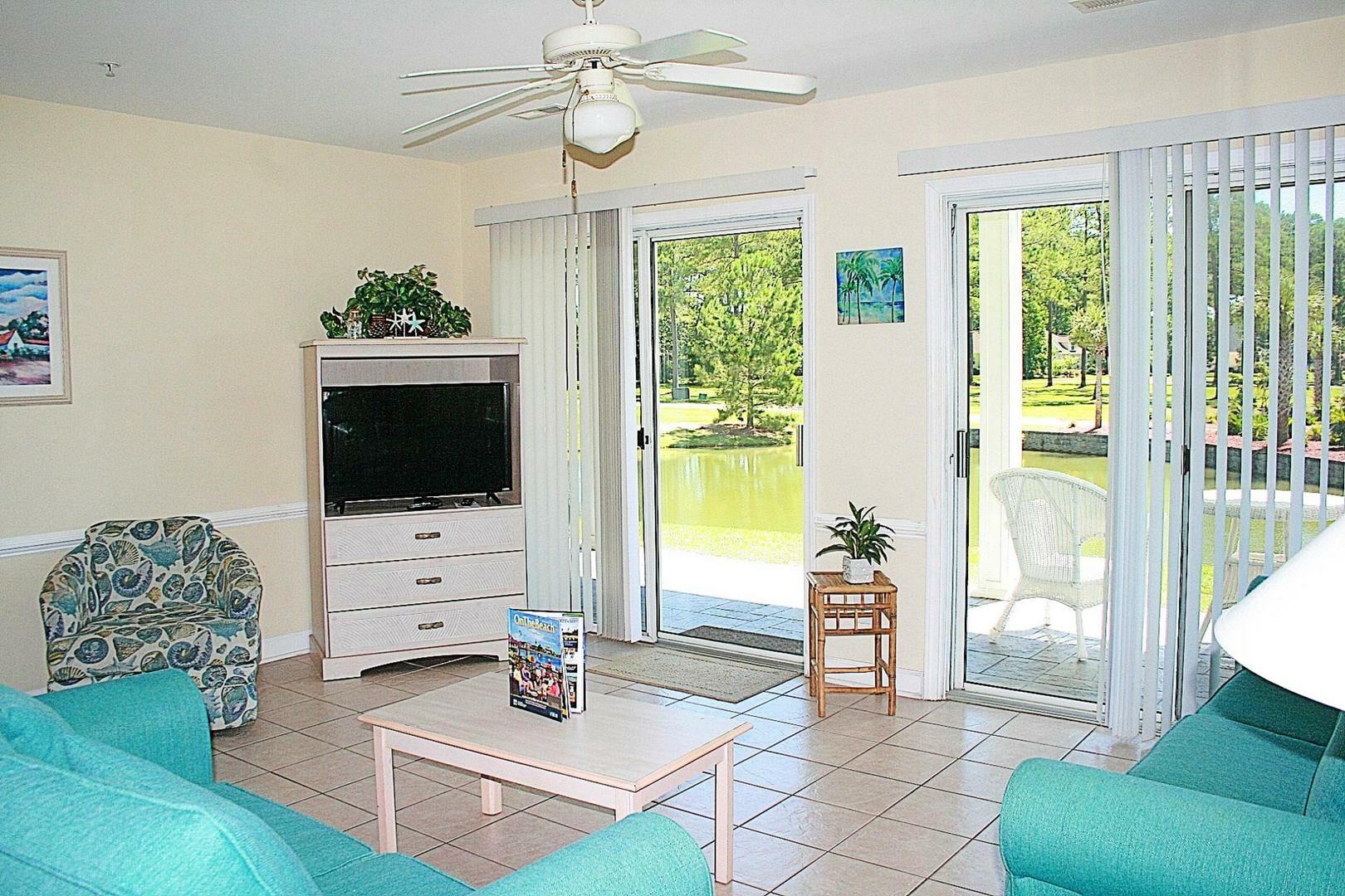 2402 2 Bedroom/2 Bath Villa