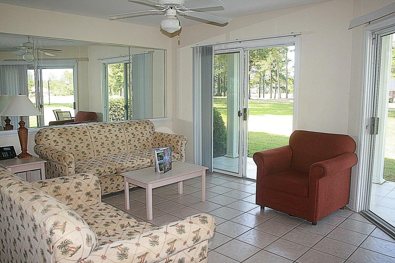 2703 2 Bedroom/2 Bath Villa