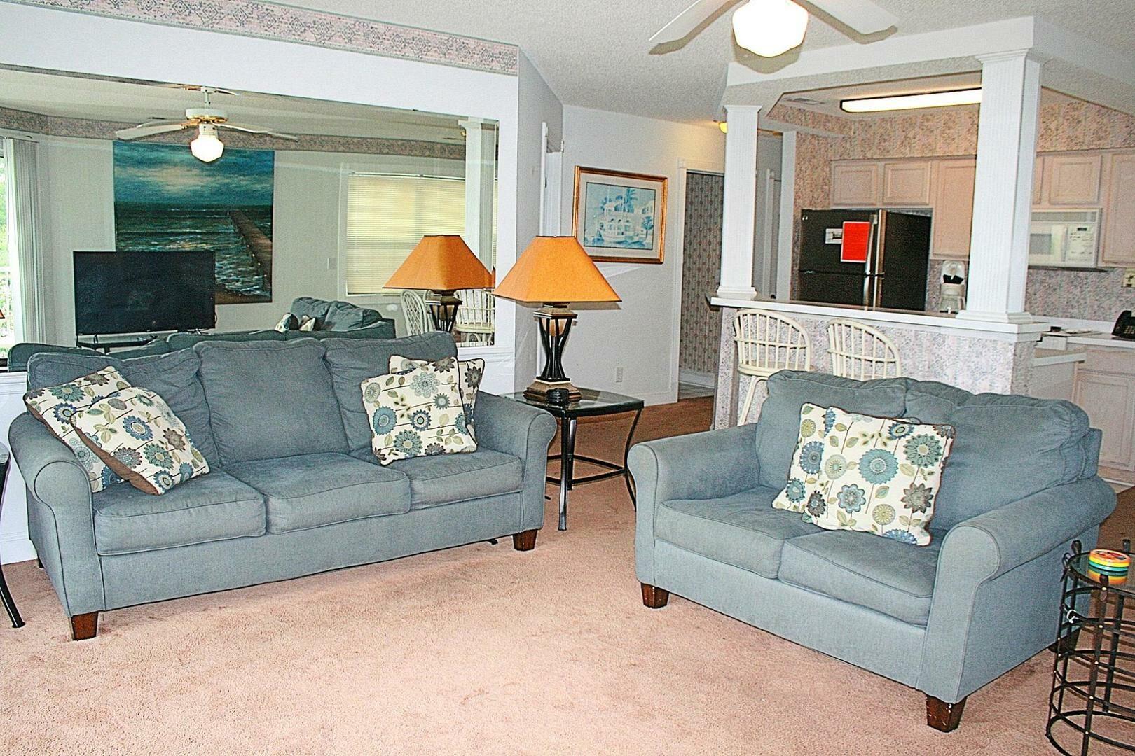 604 2 Bedroom/2 Bath Villa